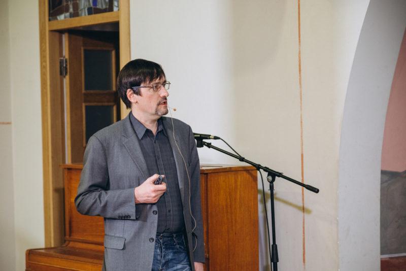 Алексей Янковский-Дьяконов прочитал лекцию «Ученики Иоанна. Мандейская община в Южном Ираке»